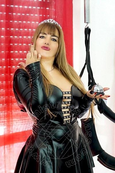 Miss Lorena  COSENZA Torno presto