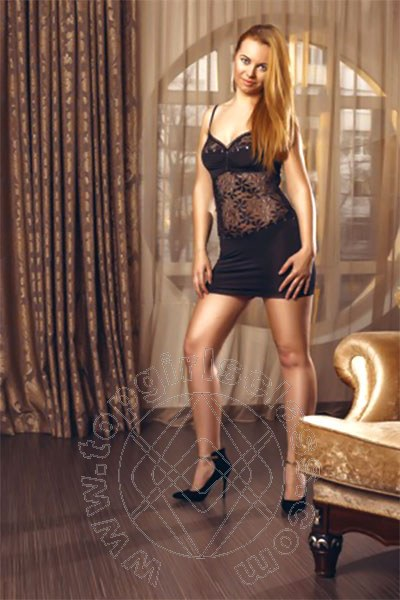 Sofia Lady  DÜSSELDORF 004915171061784